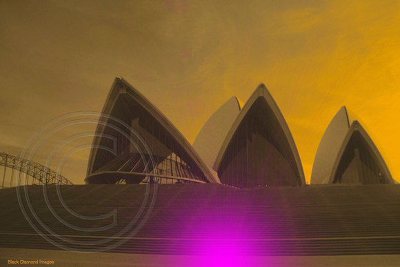 SYDNEY HARBOUR-OPERA HOUSE